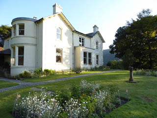 an image of the exterior of Allan Bank in Grasmere where William Wordsworth lived