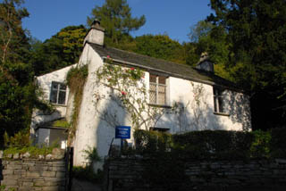 an image the exterior of Dove Cottage in Grasmere, a William Wordsworth museum