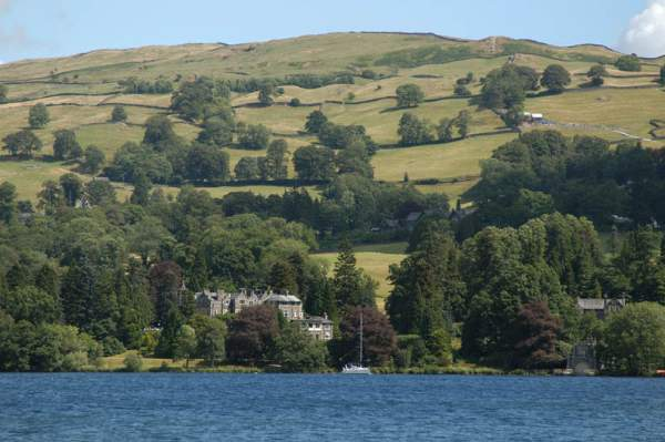 image of the Langdale Chase Hotel seen from lake Windermere