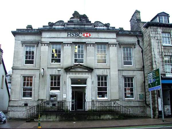 Kendal - HSBC bank.