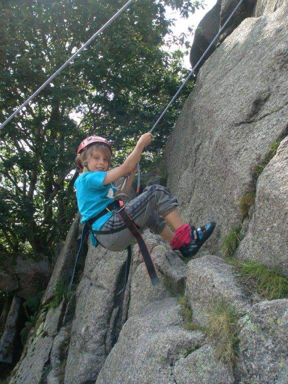 Abseiling In The Lake District Instructors Guides