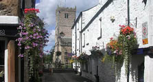 image of houses and a church in kirkby lonsdale serving as a link to the kirkby lonsdale village information page