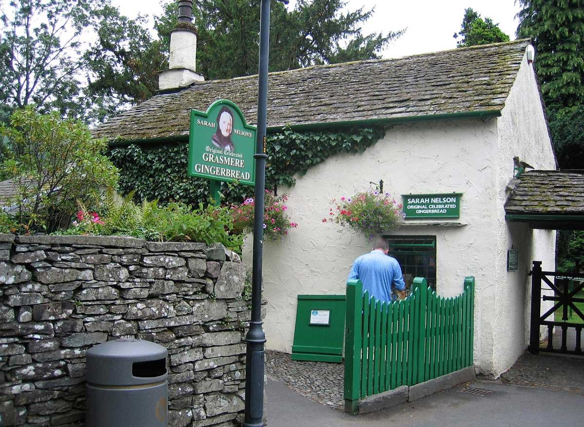 image of sarah nelson's grasmere gingerbread shop in grasmere village