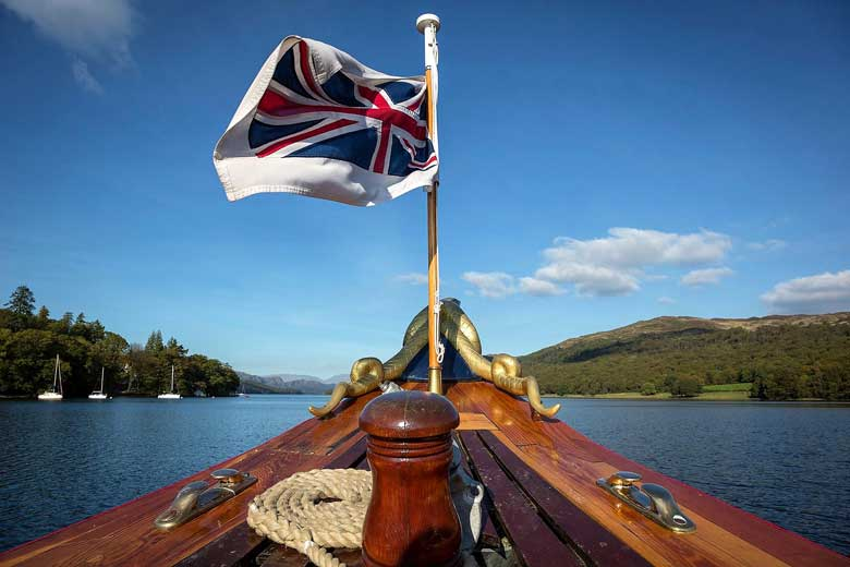 image of the flag on the prow of the Steam Yacht Gondola at Coniston