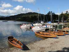 image of boat hire on Windermere Lake in the Lake District