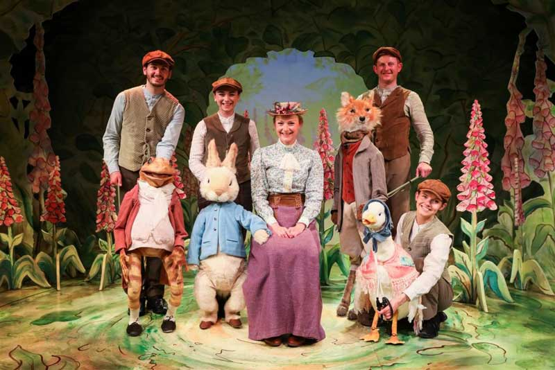 image of actors in the peter rabbit musical at bowness-on-windermere