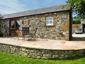 image of the exterior of Sonya's Cottage, a Lake District hot tub cottage in Cumbria